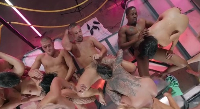 Brazzers House 3 Finale..