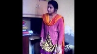 Bangladeshi Bhabi  Hide..