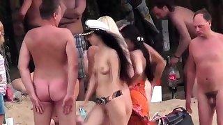 Amateur beach voyeur..